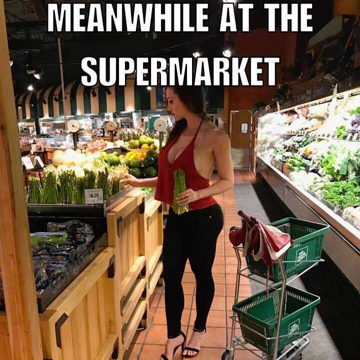 hot chick at the supermarket